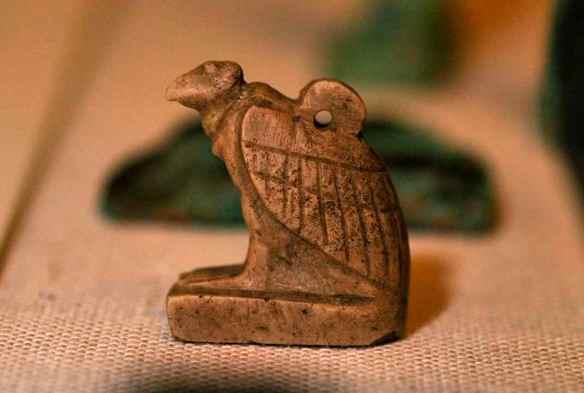 Vulture amulet, representing Nekhbet.OIM 11109. Photo by M. LaBarbera.